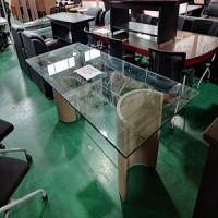 유리 회의테이블