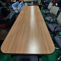 회의테이블